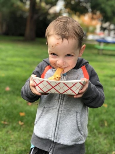 Redmond kid with Crepe